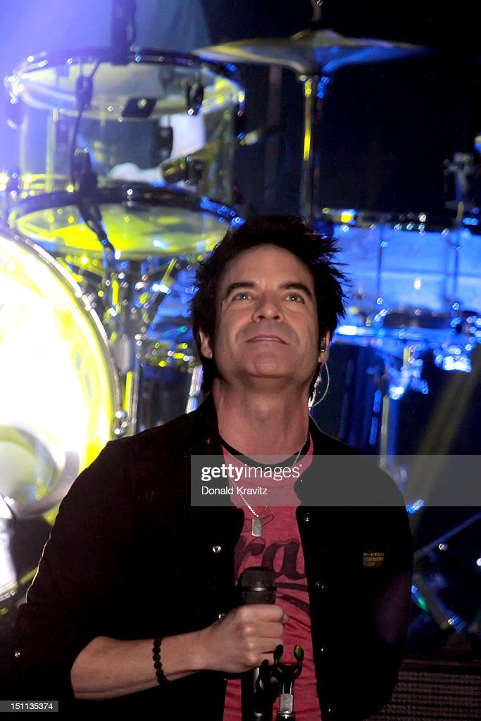 Singer Pat Monahan of Train performs at Borgata Hotel Casino & Spa on September 1, 2012 in Atlantic City, New Jersey.
