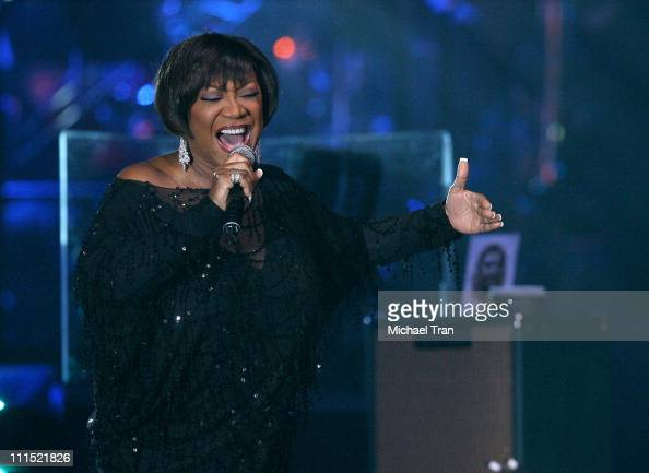 Singer Patti LaBelle performs onstage during the 2008 Latin Recording Academy Person of the Year awards tribute to Gloria Estefan held at the George...