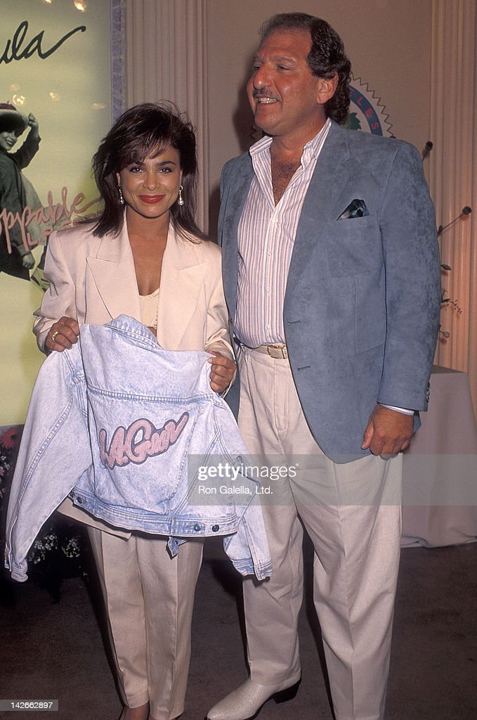 Singer Paula Abdul and L.A. Gear president Steven Jackson attend L.A. Gear press conference to announce Paula Abdul as the newest spokesperson on May 24, 1990 at the Beverly Hills Hotel in Beverly Hills, California.