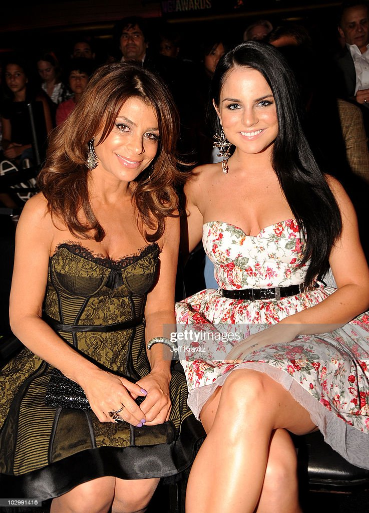 Singer <a gi-track='captionPersonalityLinkClicked' href=/galleries/search?phrase=Paula+Abdul&family=editorial&specificpeople=202119 ng-click='$event.stopPropagation()'>Paula Abdul</a> and singer Jojo attend the 2010 VH1 Do Something! Awards held at the Hollywood Palladium on July 19, 2010 in Hollywood, California.