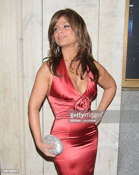 Singer Paula Abdul arrives to Douglas Hannant's Tenth Anniversary Celebration at The Bon Appetit Supper Club in New York City on October 26 2007