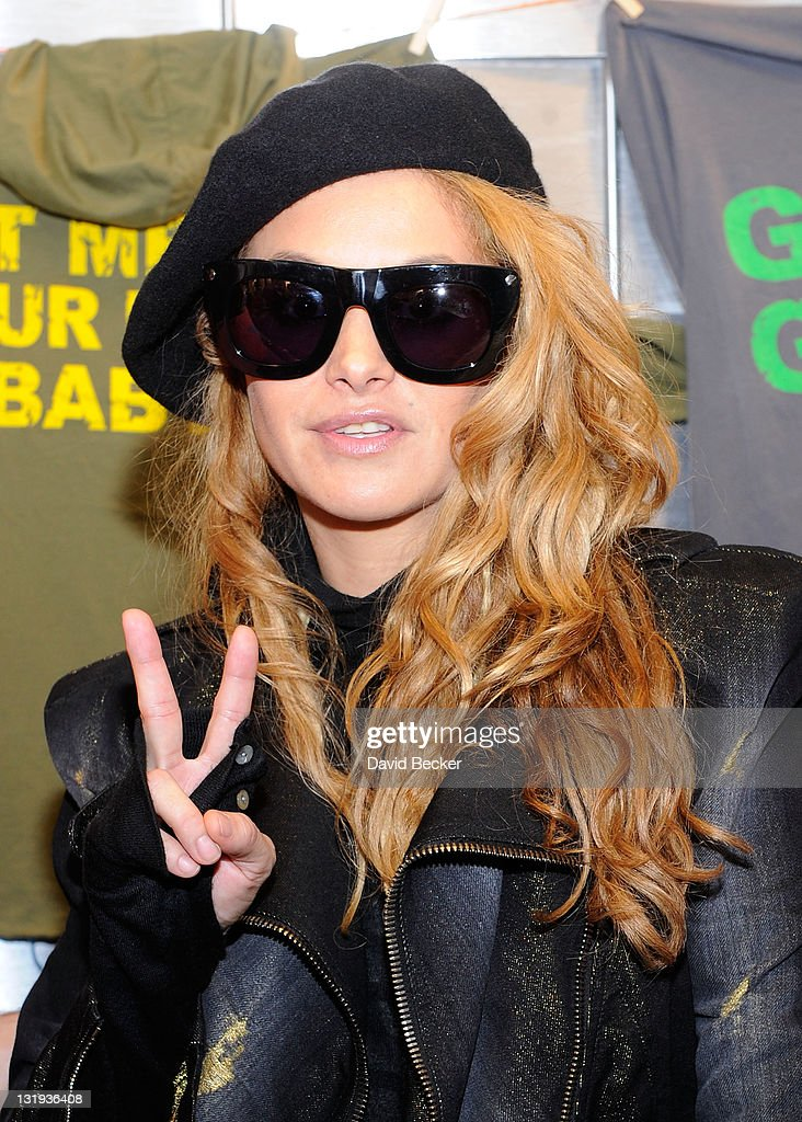 Singer <a gi-track='captionPersonalityLinkClicked' href=/galleries/search?phrase=Paulina+Rubio&family=editorial&specificpeople=201804 ng-click='$event.stopPropagation()'>Paulina Rubio</a> attends the 12th Annual Latin GRAMMY Awards Gift Lounge held at the Mandalay Bay Events Center on November 8, 2011 in Las Vegas, Nevada.