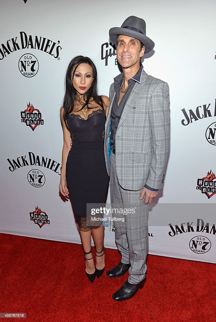 Singer Perry Farrell and wife Etty attend a night honoring the alternative group Jane's Addiction with the 'Elmer Valentine Award' at House of Blues Sunset Strip on September 19, 2014 in West Hollywood, California.
