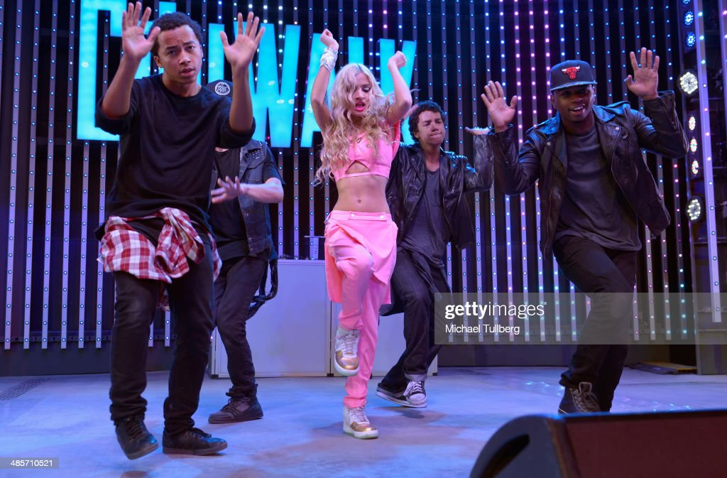 Singer Pia Mia performs as part of the 'Spring Concert Series' at 5 Towers Outdoor Concert Arena on April 19, 2014 in Universal City, California.