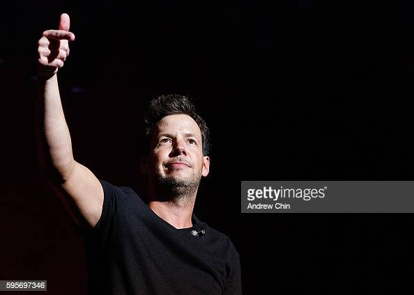The history of the pop band simple plan