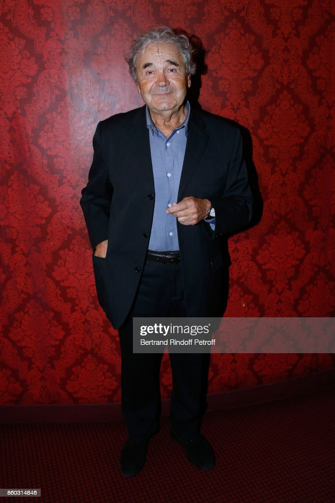Singer Pierre Perret attends the 'Novecento' Theater Play in support of APREC (Alliance for Cancer Research) at Theatre Montparnasse on October 11, 2017 in Paris, France.