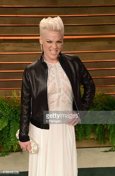 Singer Pink arrives at the 2014 Vanity Fair Oscar Party Hosted By Graydon Carter on March 2 2014 in West Hollywood California
