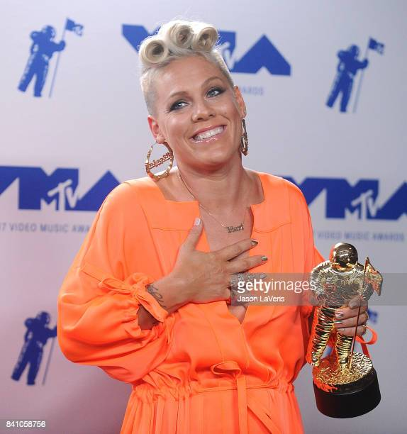 Singer Pink poses in the press room at the 2017 MTV Video Music Awards at The Forum on August 27 2017 in Inglewood California