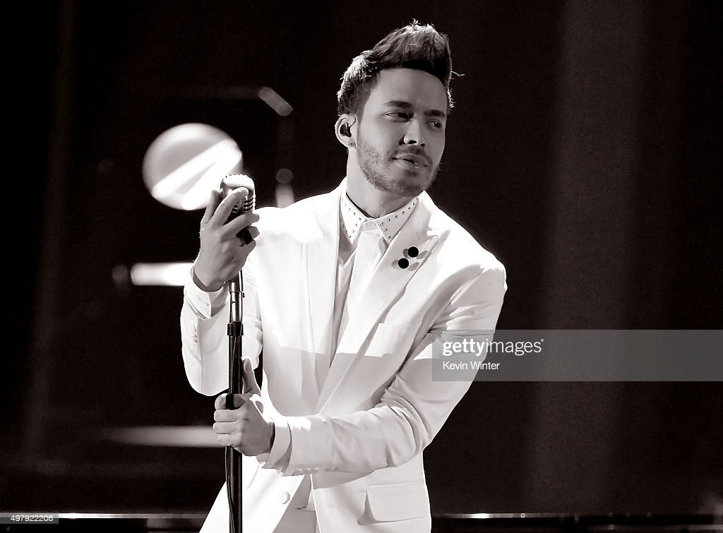 Singer <a gi-track='captionPersonalityLinkClicked' href=/galleries/search?phrase=Prince+Royce&family=editorial&specificpeople=6918529 ng-click='$event.stopPropagation()'>Prince Royce</a> performs onstage during the 16th Latin GRAMMY Awards at the MGM Grand Garden Arena on November 19, 2015 in Las Vegas, Nevada.