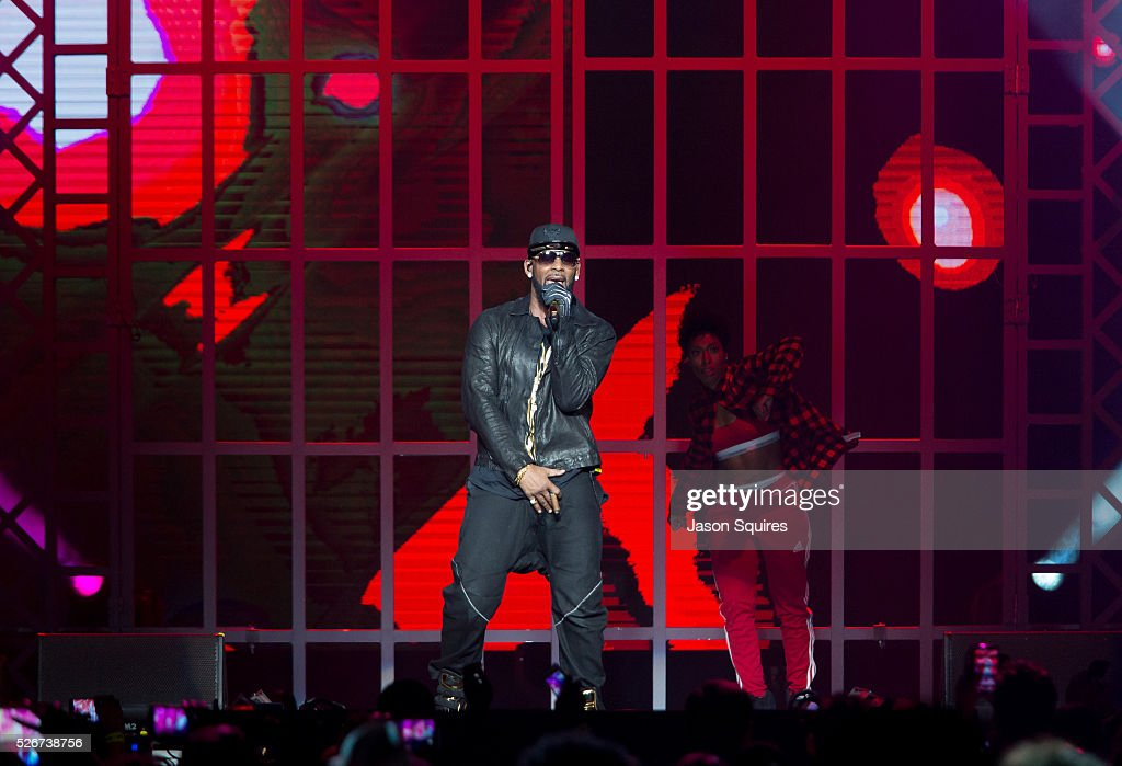 Singer R. Kelly performs at Sprint Center on April 30, 2016 in Kansas City, Missouri.