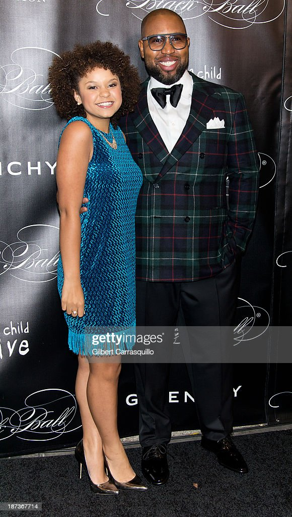 Singer Rachel Crow (L) attends the 10th annual Keep A Child Alive Black Ball at Hammerstein Ballroom on November 7, 2013 in New York City.