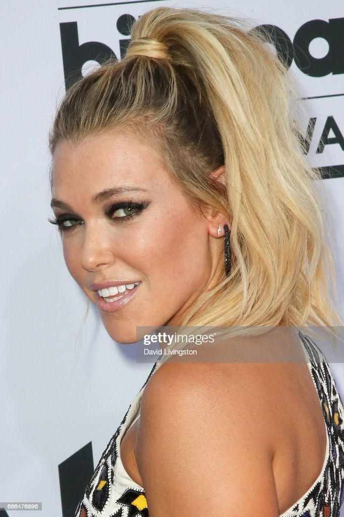 Singer Rachel Platten attends the 2017 Billboard Music Awards at the T-Mobile Arena on May 21, 2017 in Las Vegas, Nevada.