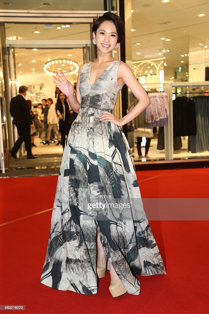 Singer <a gi-track='captionPersonalityLinkClicked' href=/galleries/search?phrase=Rainie+Yang&family=editorial&specificpeople=574307 ng-click='$event.stopPropagation()'>Rainie Yang</a> attends H&M brand activity during China's Preliminary Eve on February 11, 2015 in Taipei, Taiwan of China.