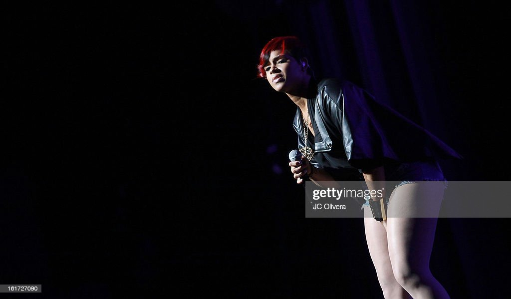 Singer RaVaughn Brown performs on stage during Power 106's Valentine's Day Concert at Nokia Theatre L.A. Live on February 14, 2013 in Los Angeles, California.