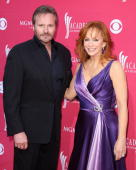 Singer Reba McEntire and husband Narvel Blackstock arrive at the 44th annual Academy Of Country Music Awards held at the MGM Grand on April 5 2009 in...