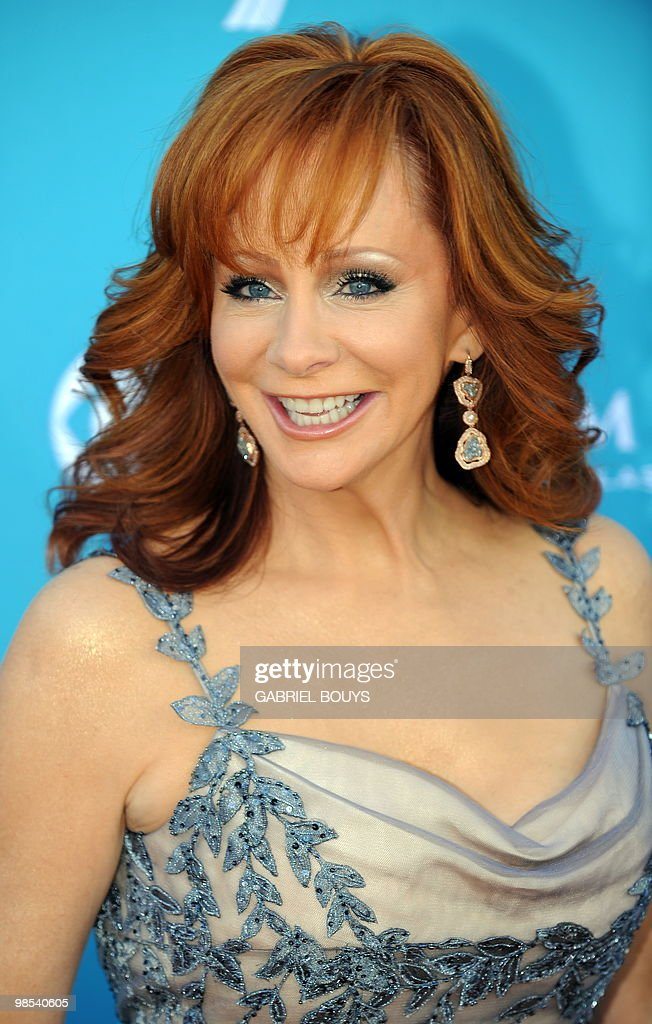 Singer Reba McEntire arrives at the 45th Academy of Country Music Awards in Las Vegas, Nevada, on April 18, 2010.