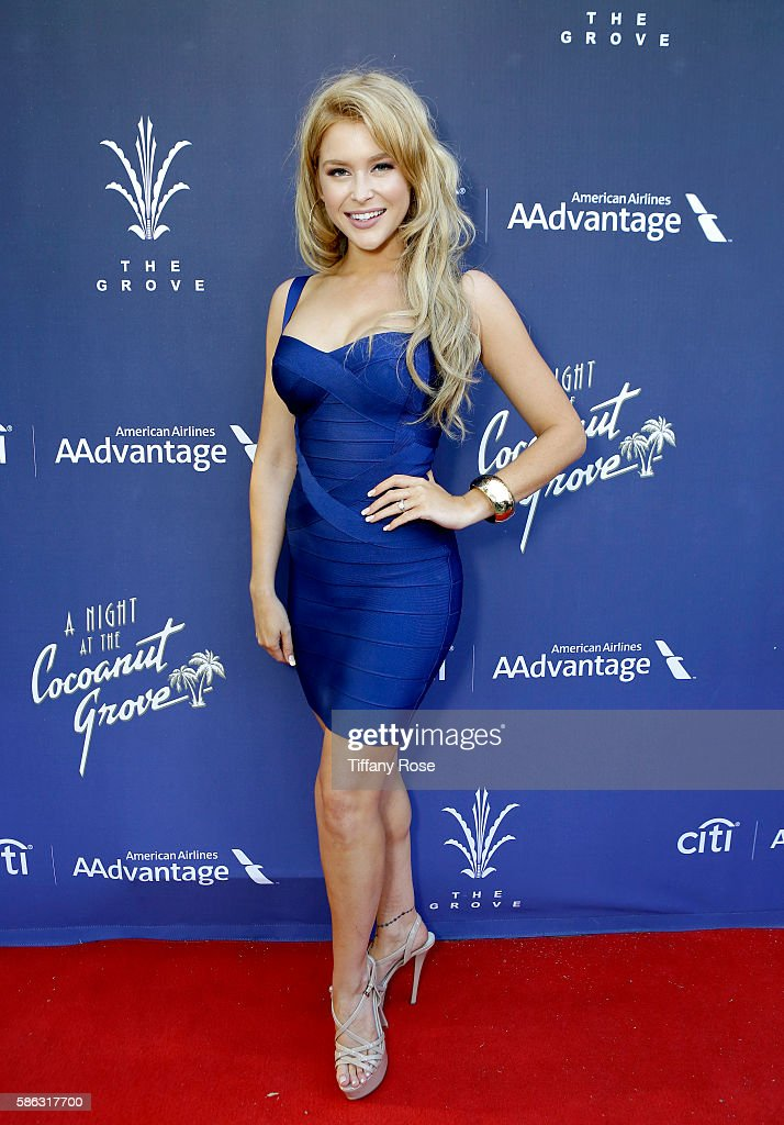 Singer Renee Olstead attends A Night At The Cocoanut Grove at The Grove on August 5, 2016 in Los Angeles, California.