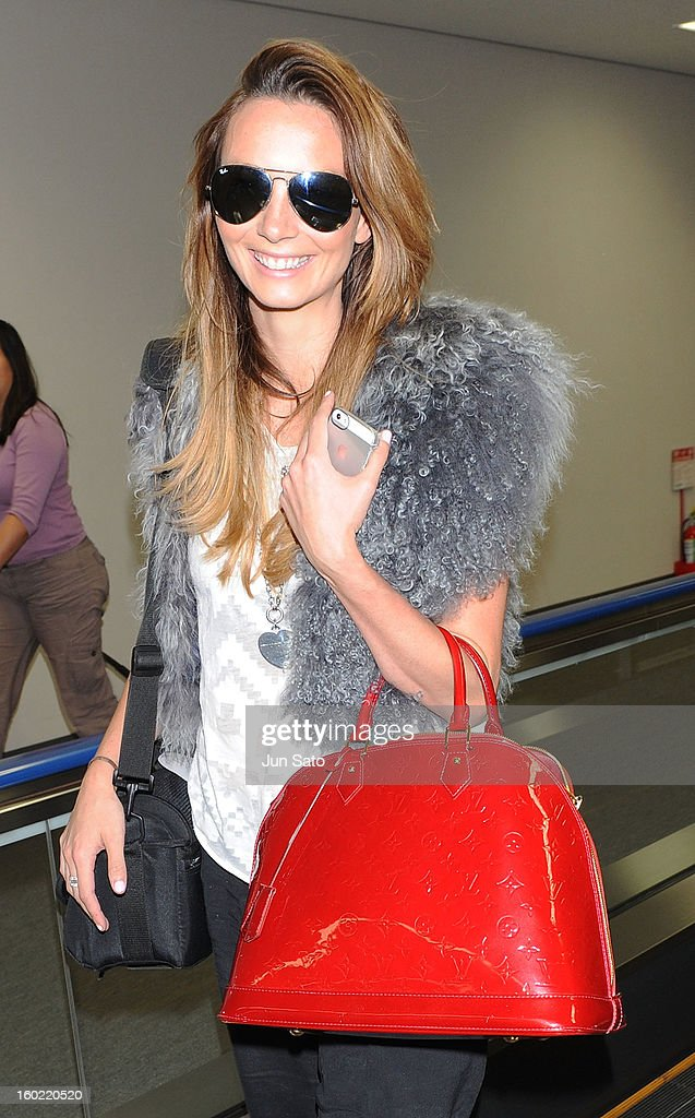 Singer Ricki-Lee Coulter is seen upon arrival at Narita International Airport on January 28, 2013 in Narita, Japan.