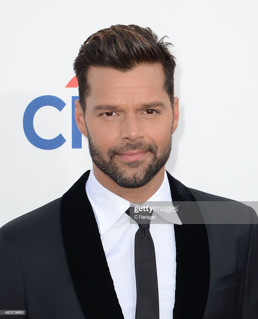 Singer <a gi-track='captionPersonalityLinkClicked' href=/galleries/search?phrase=Ricky+Martin&family=editorial&specificpeople=160450 ng-click='$event.stopPropagation()'>Ricky Martin</a> arrives at the 2014 Billboard Music Awards at the MGM Grand Garden Arena on May 18, 2014 in Las Vegas, Nevada.