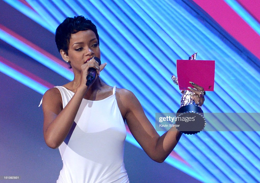 Singer <a gi-track='captionPersonalityLinkClicked' href=/galleries/search?phrase=Rihanna&family=editorial&specificpeople=453439 ng-click='$event.stopPropagation()'>Rihanna</a> accepts the award for Video of the Year onstage during the 2012 MTV Video Music Awards at Staples Center on September 6, 2012 in Los Angeles, California.