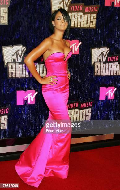Singer Rihanna arrives at the 2007 MTV Video Music Awards held at The Palms Hotel and Casino on September 9 2007 in Las Vegas Nevada