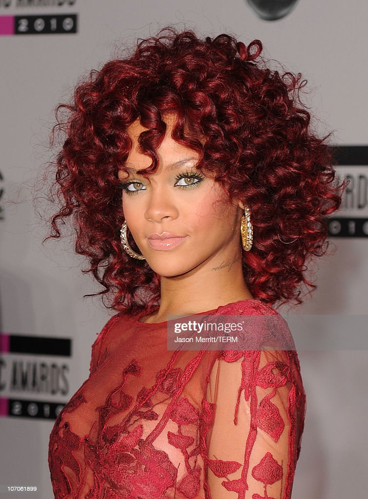 Singer <a gi-track='captionPersonalityLinkClicked' href=/galleries/search?phrase=Rihanna&family=editorial&specificpeople=453439 ng-click='$event.stopPropagation()'>Rihanna</a> arrives at the 2010 American Music Awards held at Nokia Theatre L.A. Live on November 21, 2010 in Los Angeles, California.