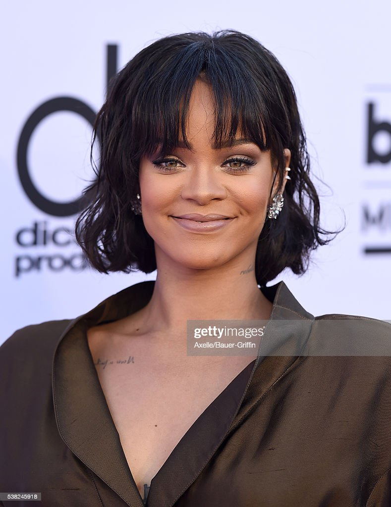 Singer Rihanna arrives at the 2016 Billboard Music Awards at T-Mobile Arena on May 22, 2016 in Las Vegas, Nevada.