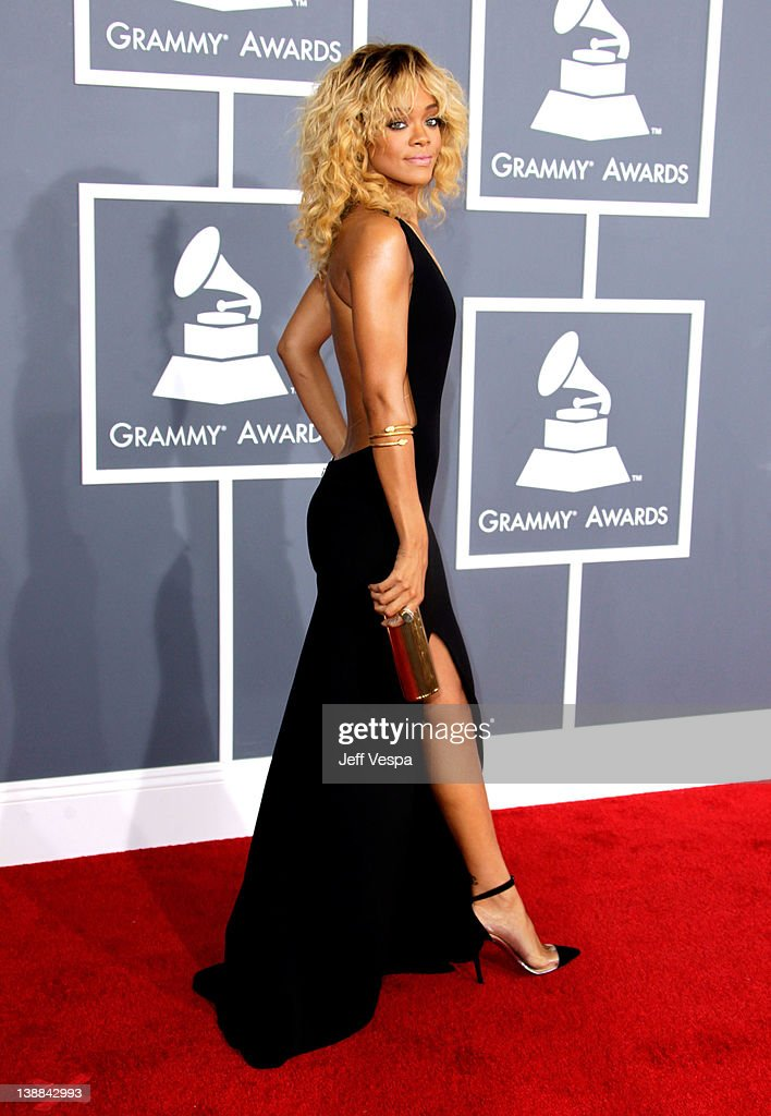 Singer Rihanna arrives at The 54th Annual GRAMMY Awards at Staples Center on February 12, 2012 in Los Angeles, California.