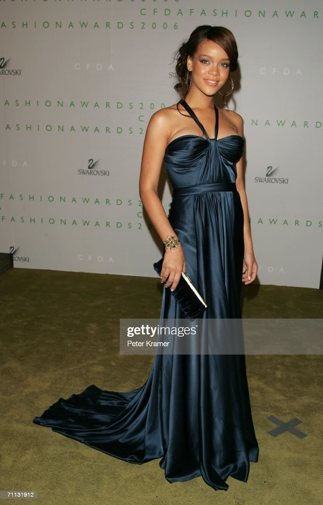 Singer <a gi-track='captionPersonalityLinkClicked' href=/galleries/search?phrase=Rihanna&family=editorial&specificpeople=453439 ng-click='$event.stopPropagation()'>Rihanna</a> attends the 2006 CFDA Awards at the New York Public Library on June 5, 2006 in New York City.