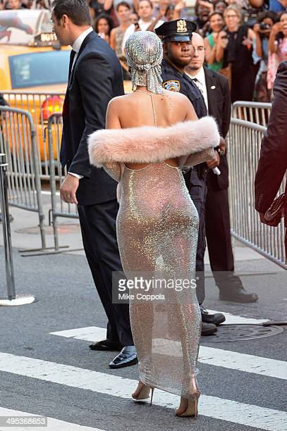 Singer Rihanna attends the 2014 CFDA Fashion Awards at Alice Tully Hall Lincoln Center on June 2 2014 in New York City