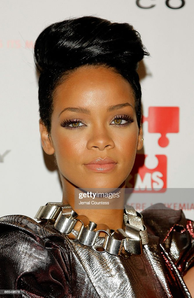 Singer <a gi-track='captionPersonalityLinkClicked' href=/galleries/search?phrase=Rihanna&family=editorial&specificpeople=453439 ng-click='$event.stopPropagation()'>Rihanna</a> attends the 3rd annual DKMS gala at Cipriani 42nd Street on May 7, 2009 in New York City.