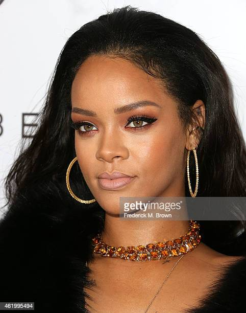 Singer Rihanna attends The DAILY FRONT ROW 'Fashion Los Angeles Awards' at the Sunset Tower Hotel on January 22 2015 in West Hollywood California