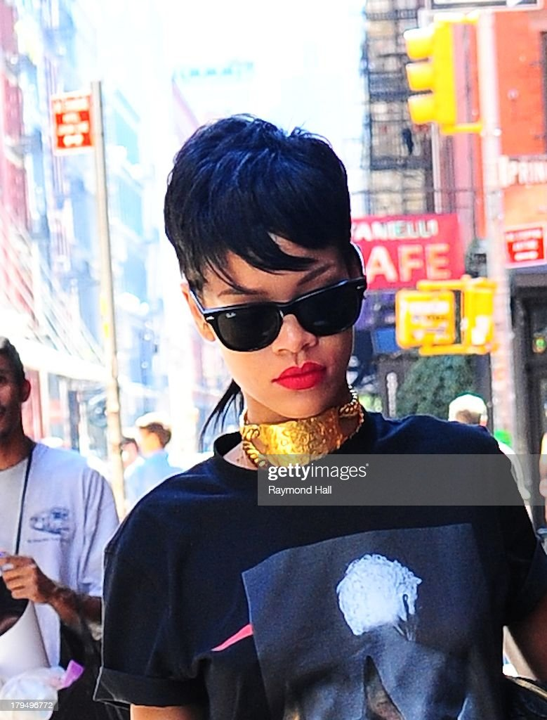 Singer <a gi-track='captionPersonalityLinkClicked' href=/galleries/search?phrase=Rihanna&family=editorial&specificpeople=453439 ng-click='$event.stopPropagation()'>Rihanna</a> is seen in Soho on September 4, 2013 in New York City.