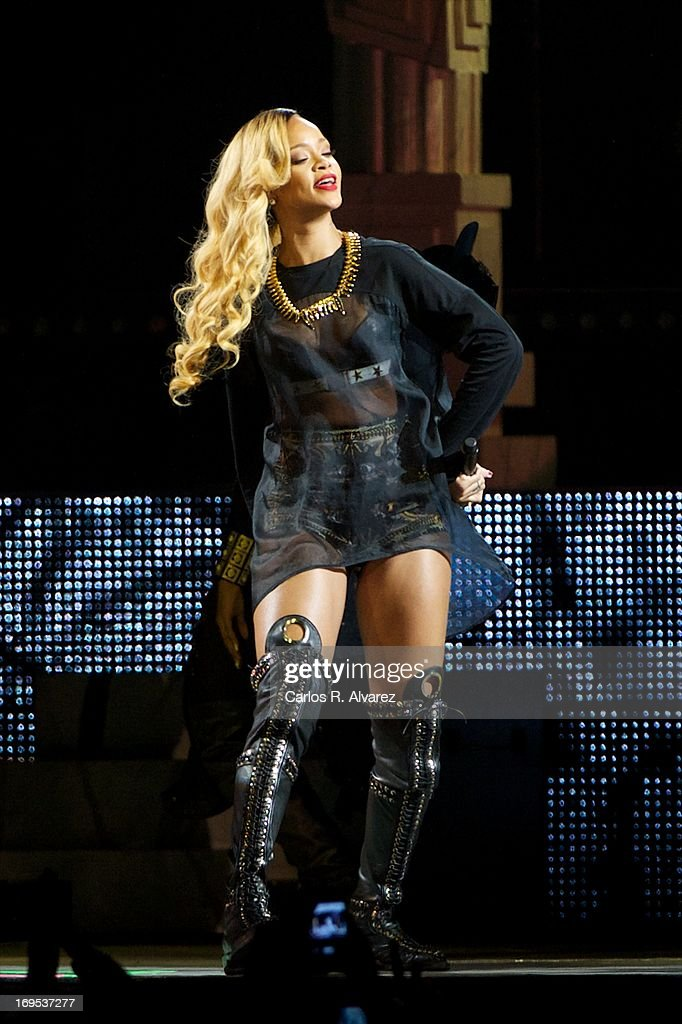 Singer <a gi-track='captionPersonalityLinkClicked' href=/galleries/search?phrase=Rihanna&family=editorial&specificpeople=453439 ng-click='$event.stopPropagation()'>Rihanna</a> performs on stage at the BEC (Bilbao Exhibition Center) on May 26, 2013 in Bilbao, Spain.