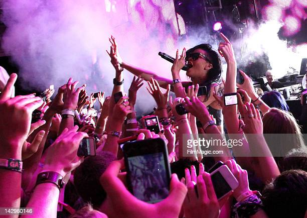 Singer Rihanna performs with Calvin Harris during Day 3 of the 2012 Coachella Valley Music Arts Festival held at the Empire Polo Club on April 15...