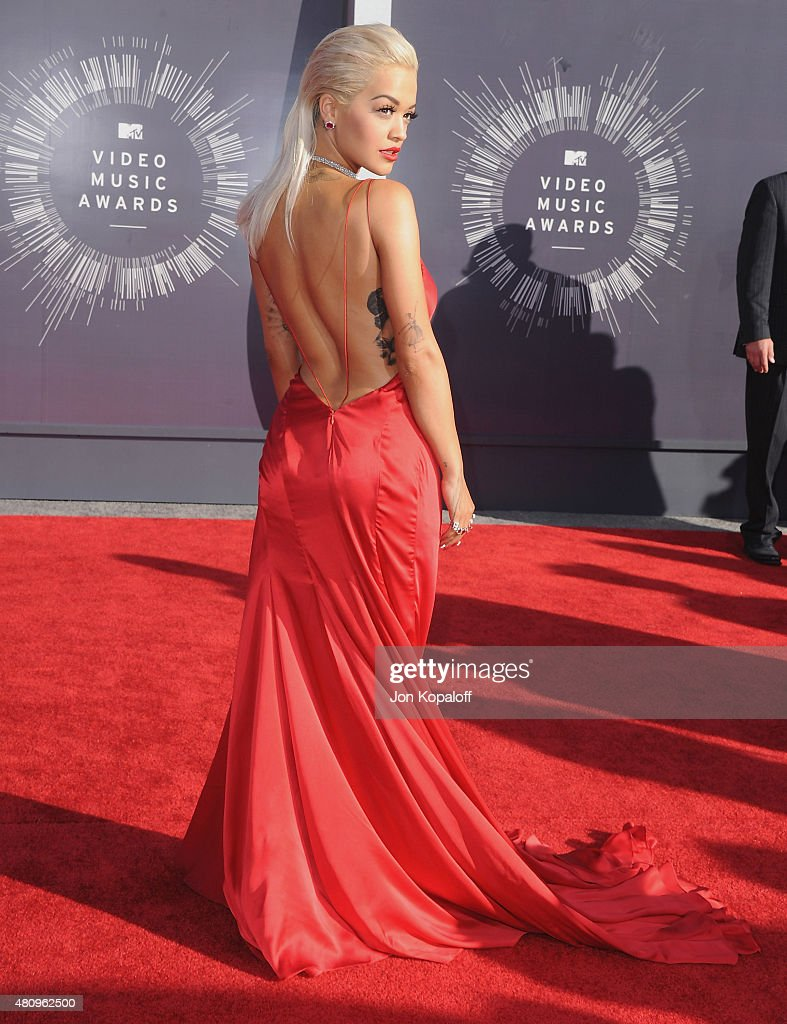 Singer Rita Ora arrives at the 2014 MTV Video Music Awards at The Forum on August 24, 2014 in Inglewood, California.