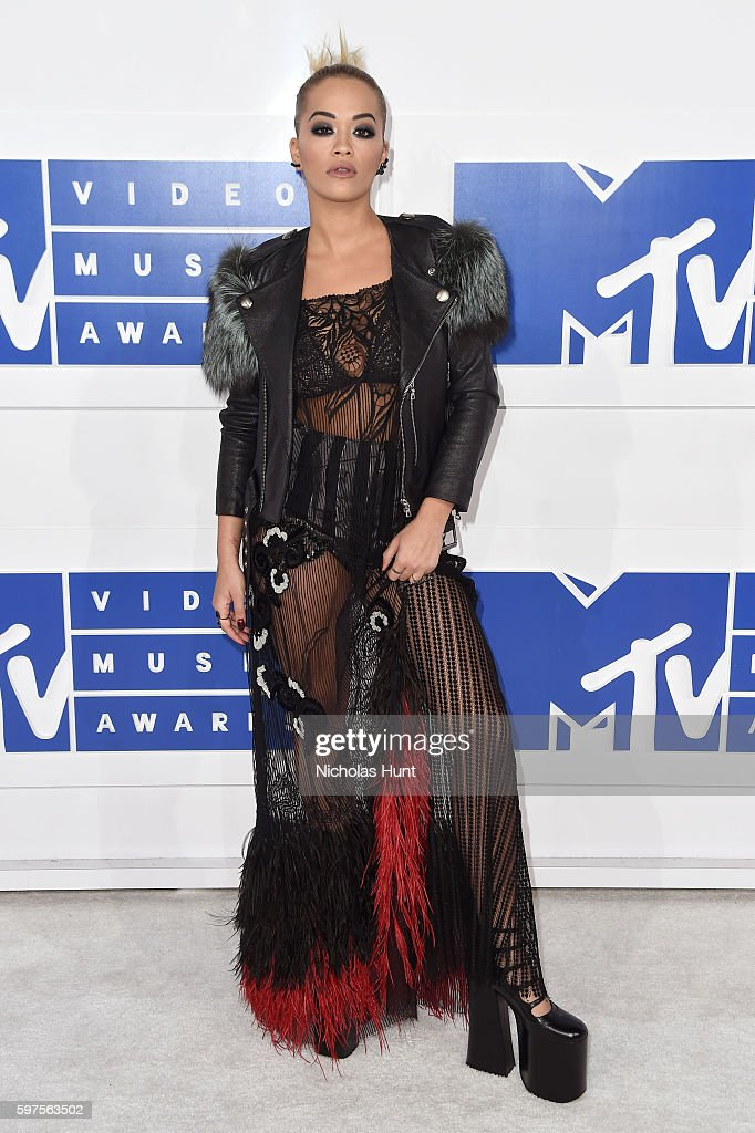 Singer Rita Ora attends the 2016 MTV Video Music Awards at Madison Square Garden on August 28, 2016 in New York City.