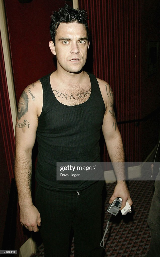 Singer Robbie Williams attends the party for the 30th anniversary performance of 'The Rocky Horror Picture Show' on June 23, 2003 at Queens Theatre, London, England.