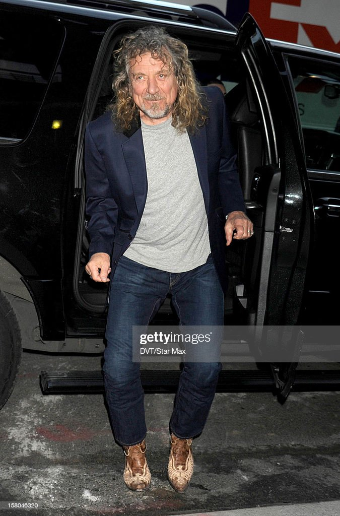 Singer <a gi-track='captionPersonalityLinkClicked' href=/galleries/search?phrase=Robert+Plant&family=editorial&specificpeople=211368 ng-click='$event.stopPropagation()'>Robert Plant</a> as seen on December 3, 2012 in New York City.