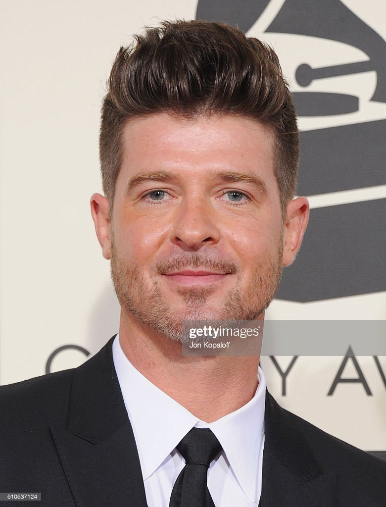 Singer Robin Thicke arrives at The 58th GRAMMY Awards at Staples Center on February 15, 2016 in Los Angeles, California.