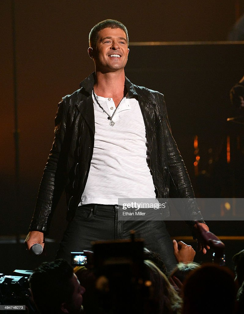 Singer Robin Thicke performs during the 2014 Billboard Music Awards at the MGM Grand Garden Arena on May 18, 2014 in Las Vegas, Nevada.