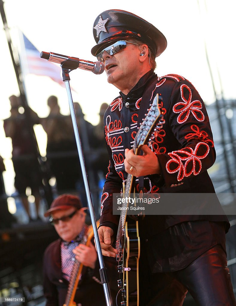 Singer <a gi-track='captionPersonalityLinkClicked' href=/galleries/search?phrase=Robin+Zander&family=editorial&specificpeople=217551 ng-click='$event.stopPropagation()'>Robin Zander</a> of Cheap Trick performs during 2013 Rock On The Range at Columbus Crew Stadium on May 17, 2013 in Columbus, Ohio.