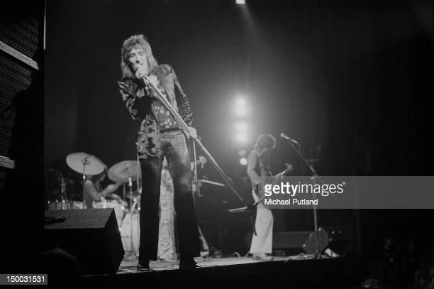 Singer Rod Stewart performing with English rock group Faces at the Rainbow Theatre London 10th February 1972