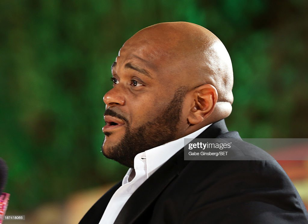 Singer <a gi-track='captionPersonalityLinkClicked' href=/galleries/search?phrase=Ruben+Studdard&family=editorial&specificpeople=204671 ng-click='$event.stopPropagation()'>Ruben Studdard</a> attends the Soul Train Awards 2013 at the Orleans Arena on November 8, 2013 in Las Vegas, Nevada.