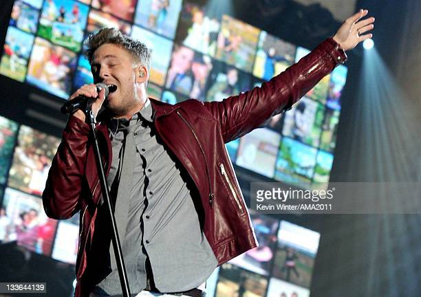 Singer Ryan Tedder of One Republic performs onstage at the 2011 American Music Awards held at Nokia Theatre LA LIVE on November 20 2011 in Los...