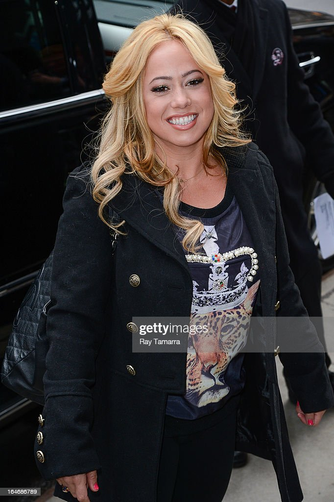 Singer Sabrina Bryan leaves the 'Good Morning America' taping at the ABC Times Square Studios on March 26, 2013 in New York City.