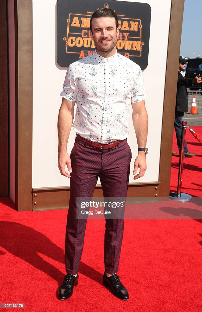 Singer Sam Hunt arrives at the 2016 American Country Countdown Awards at The Forum on May 1, 2016 in Inglewood, California.