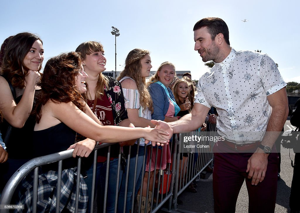 Singer Sam Hunt greets fans during the 2016 American Country Countdown Awards at The Forum on May 1, 2016 in Inglewood, California.