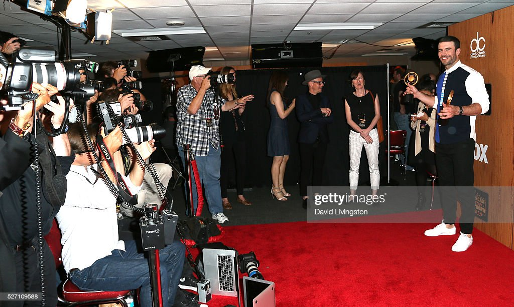 Singer <a gi-track='captionPersonalityLinkClicked' href=/galleries/search?phrase=Sam+Hunt+-+Singer&family=editorial&specificpeople=13704957 ng-click='$event.stopPropagation()'>Sam Hunt</a>, winner of the awards for 'Digital Album of the Year' and 'Breakthrough Male of the Year', poses in the press room at the 2016 American Country Countdown Awards at The Forum on May 01, 2016 in Inglewood, California.