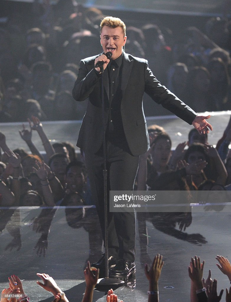 Singer <a gi-track='captionPersonalityLinkClicked' href=/galleries/search?phrase=Sam+Smith+-+Singer&family=editorial&specificpeople=12336931 ng-click='$event.stopPropagation()'>Sam Smith</a> performs onstage at the 2014 MTV Video Music Awards at The Forum on August 24, 2014 in Inglewood, California.